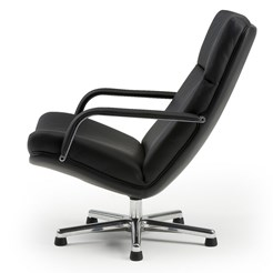 F 141 Lounge Chair