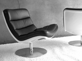 F 978 Lounge Chair