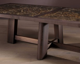 Mesamagna Dining Table