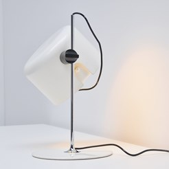 Coupé 2202 Table Lamp