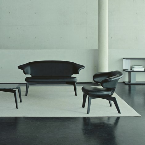 munich sofa house o 39 luv. Black Bedroom Furniture Sets. Home Design Ideas